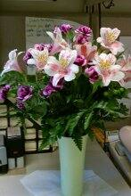 Hiring the right flower delivery service can make all the difference. (Photo courtesy of Jacqueline McKinney)