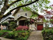 Laurelhurst in southeast Portland is an area with older homes that is popular because of its close proximity to the downtown area. (Photo by Grant Smith)