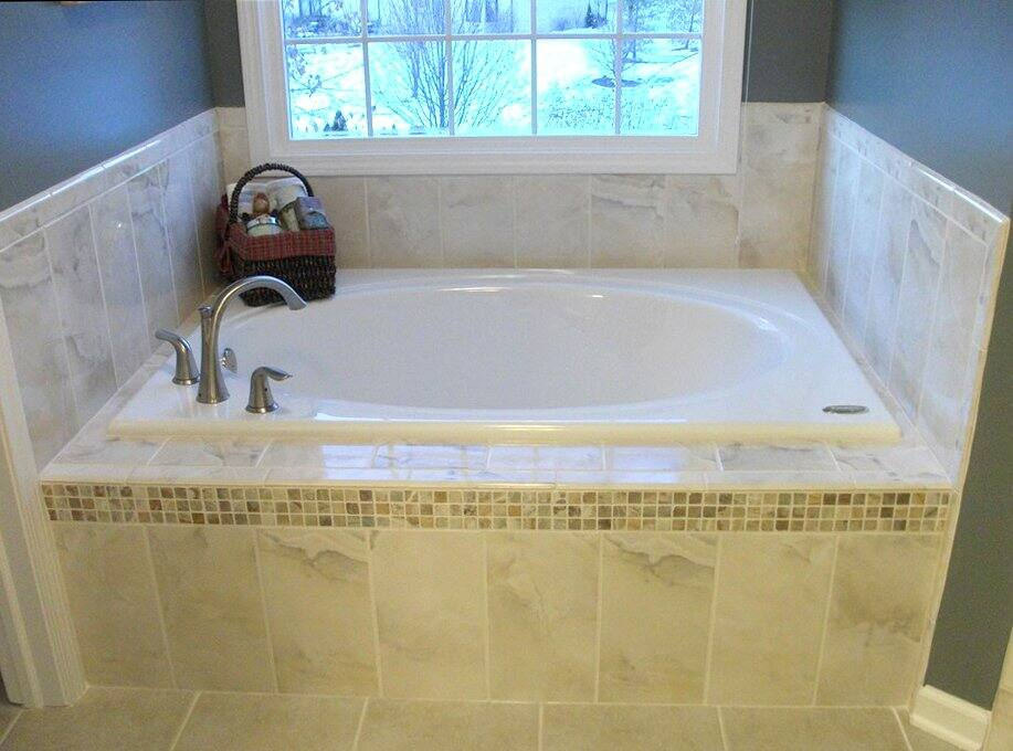 Garden tub dimensions corner bathtubs dimensions american for Garden tub sizes