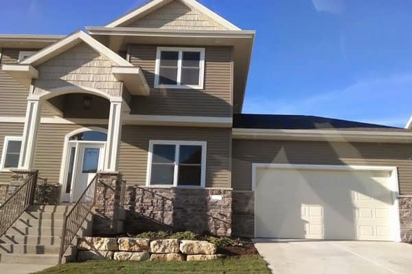 The best real estate agent is the one who completes the sale and communicates with you to make the process as smooth as possible, says Slavitz. (Photo courtesy of Angie's List member Farhan Q. of Madison, Wis.)