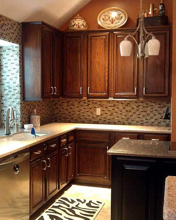 kitchen remodel using resurfaced kitchen cabinets