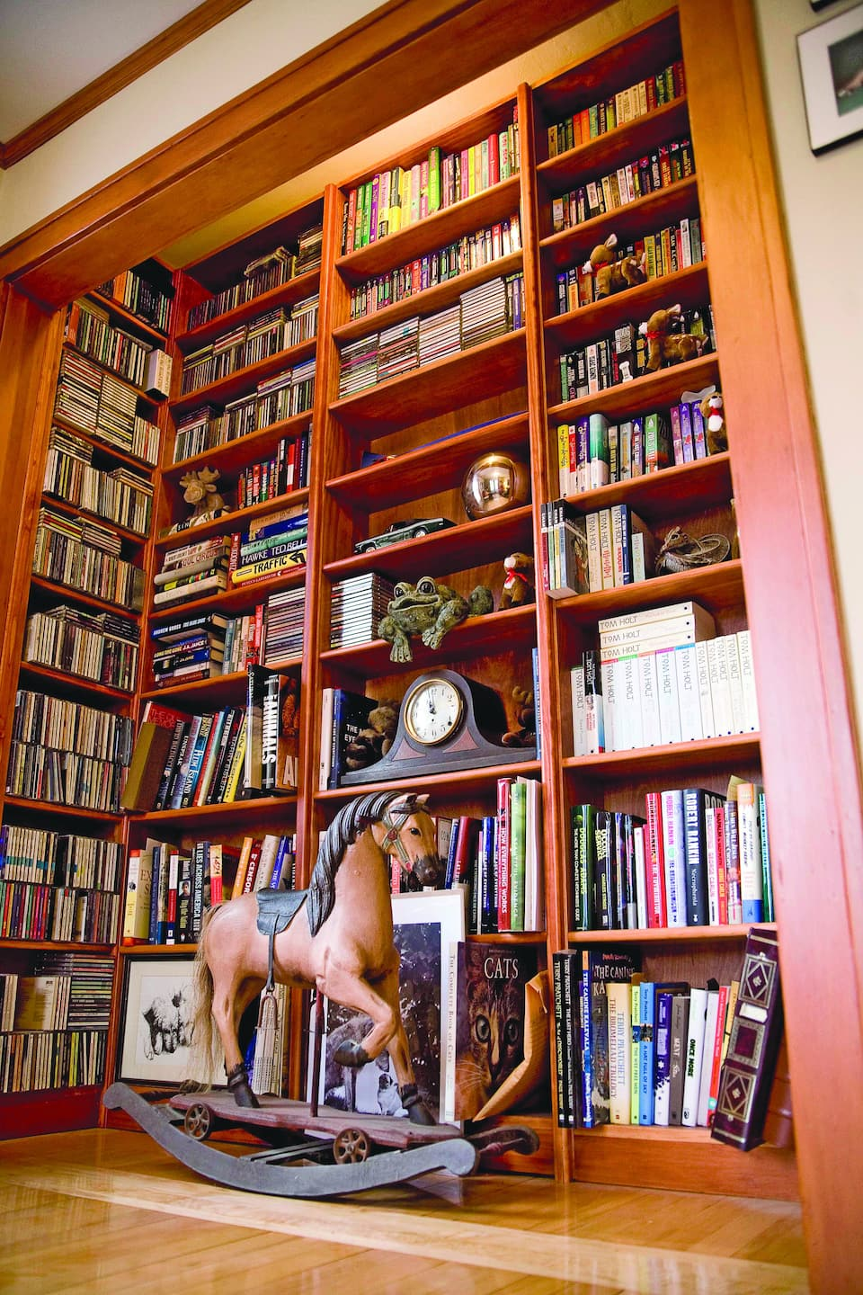 Photos Home Libraries And Book Nooks Angie S List