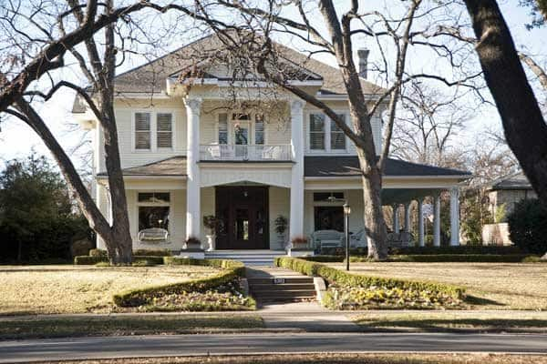One of the many stately homes in Dallas' historic Swiss Avenue neighborhood. (Photo by Stacey Callaway)