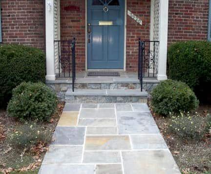This homeowner's Washington D.C. masonry contractor built a flagstone walkway. | Photo courtesy of David Belli