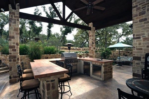 Outdoor living space provides relaxing entertainment at this custom home. (Photo courtesy of David Heminger)