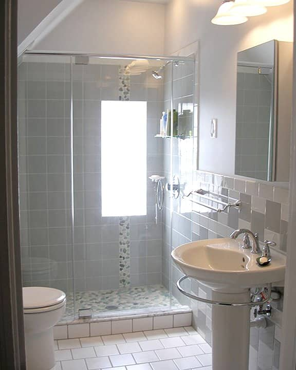 Small bathroom remodel ideas photo gallery angie 39 s list for Bathroom tile designs for small bathrooms photos