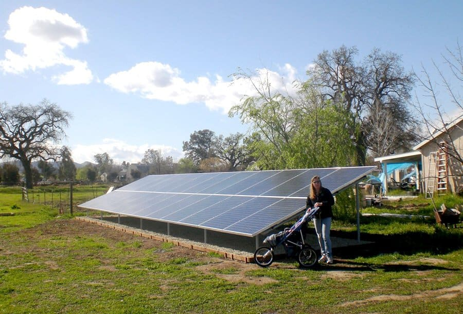 grounded solar panel system