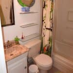 photo of bathroom before remodel