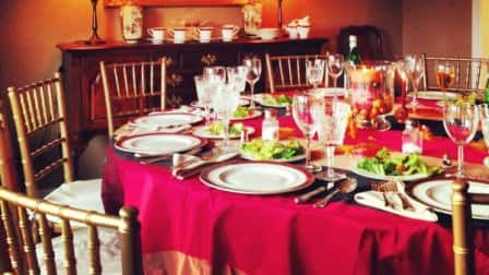 This member hired an event rental company to accommodate Thanksgiving guests. (Photo courtesy of Angie's List member Paul B. of Cincinnati)