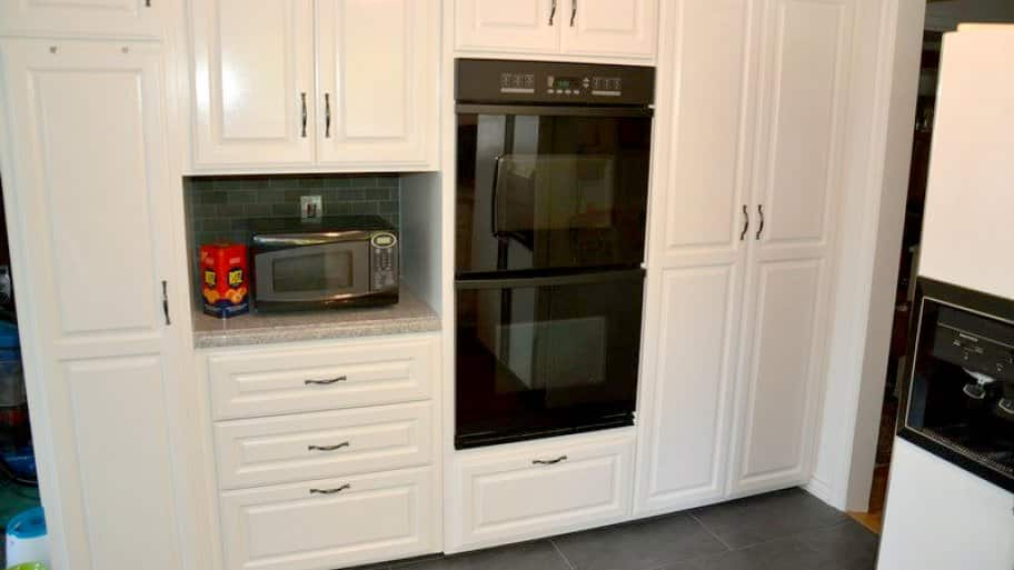 Replace or reface? Considerations for refacing kitchen cabinets ...
