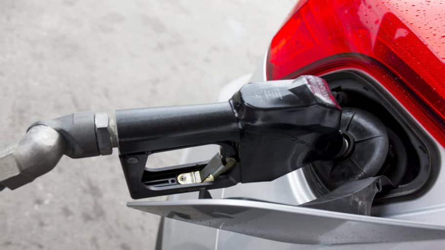 Car Myth or Fact: Should You Top Off Your Gas Tank ...