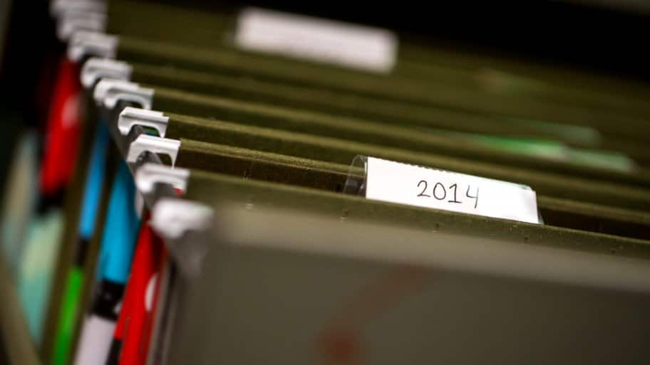 Paper file folders labeled by date. (Photo by Photo by Eldon Lindsay)