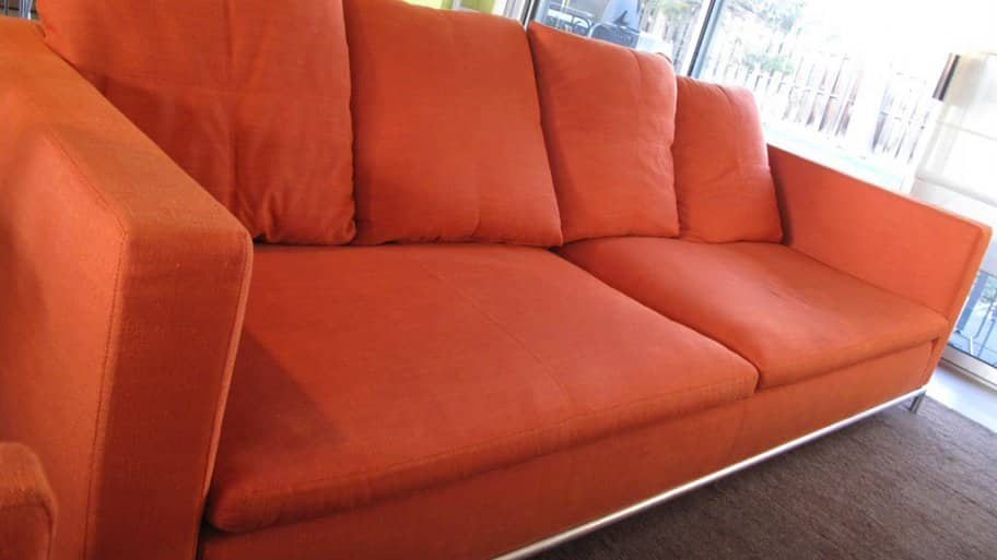 A red couch in living room : reupholster sectional cost - Sectionals, Sofas & Couches