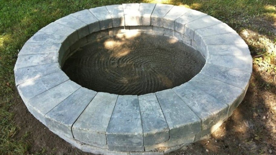 How to build a fire pit in your own backyard angie 39 s list for How to build a fire pit with concrete blocks